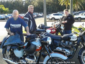 Some photos by Rick Moss from the the Sydneysiders monthly ride on Sunday, 1 July 2012. They met at Rick's for morning tea, then on to Towradgi for lunch, and home.