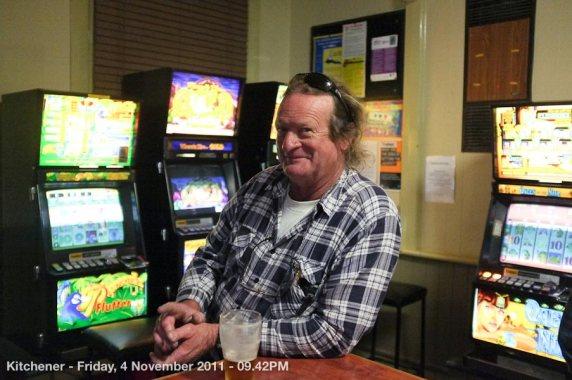 Kitchener - Friday, 4 November 2011 - 09.42PM