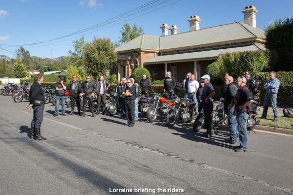Lorraine briefing the riders