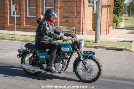 Rick Moss, riding Steve Cramp's 1969 T150